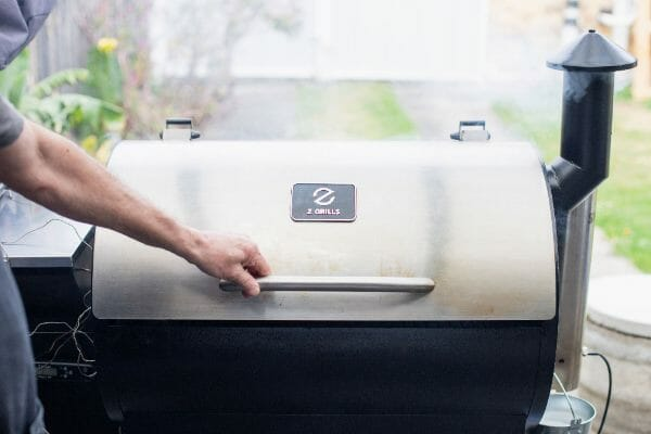 Z-Grills-700E-Stainless-Steel